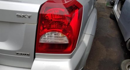 Dodge caliber  fanale post dx